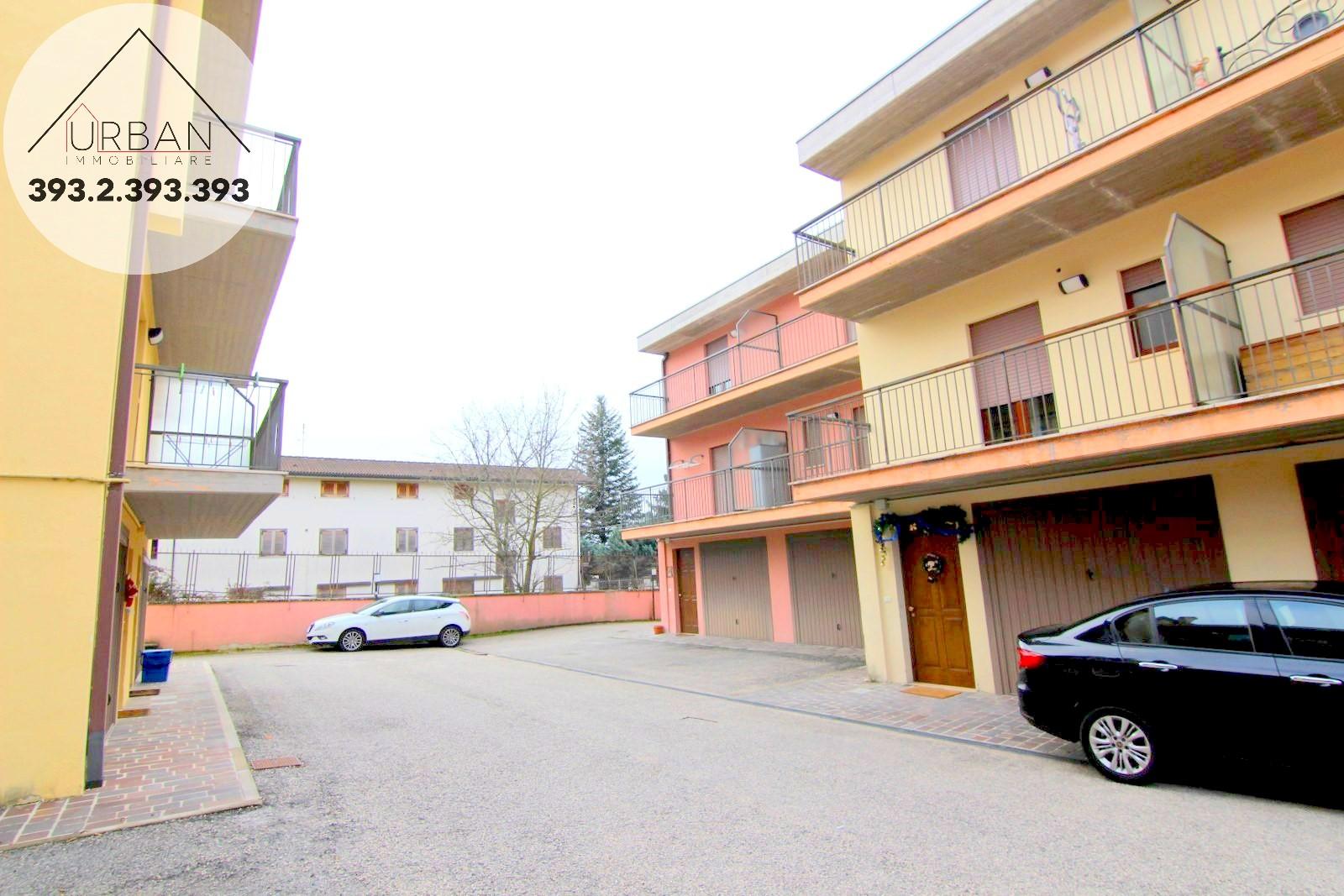 Villa a Schiera in vendita a Pizzoli, 6 locali, prezzo € 125.000 | CambioCasa.it