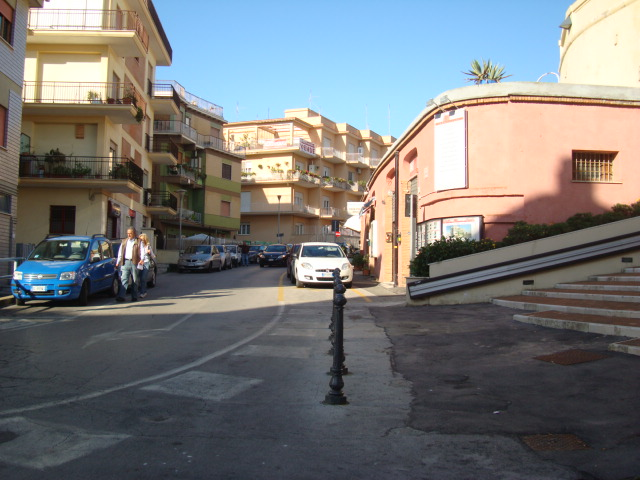 Negozio / Locale in affitto a Anzio, 9999 locali, zona Località: CENTRO, prezzo € 490 | CambioCasa.it