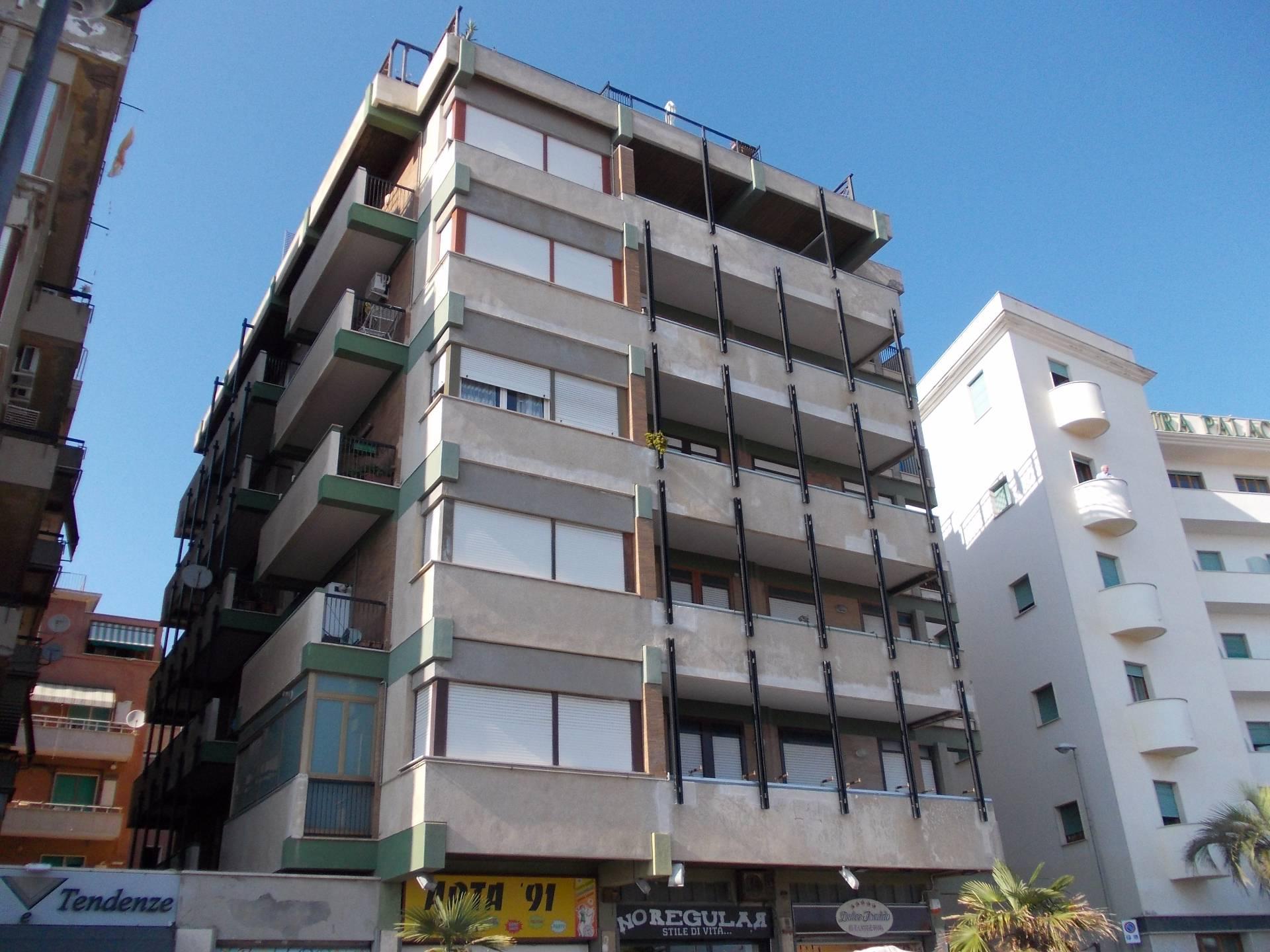 Appartamento in affitto a Nettuno, 3 locali, zona Località: centro, prezzo € 450 | Cambio Casa.it