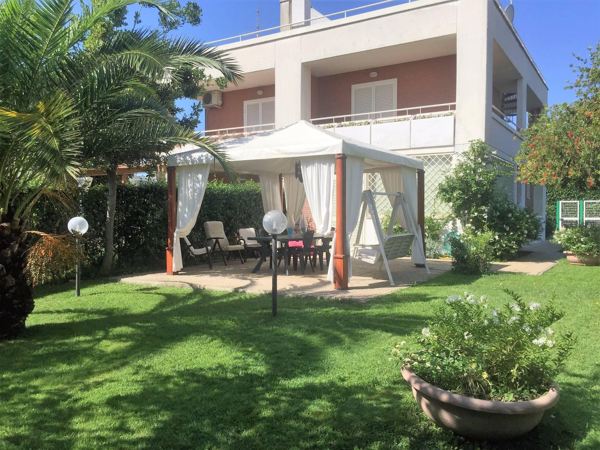 Villa in vendita a Nettuno, 5 locali, zona Località: colleparadiso, prezzo € 350.000 | Cambio Casa.it