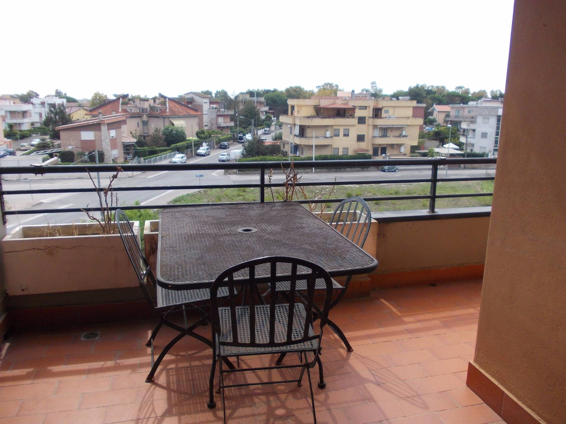 Appartamento in affitto a Nettuno, 2 locali, zona Zona: Poligono, prezzo € 400 | Cambio Casa.it