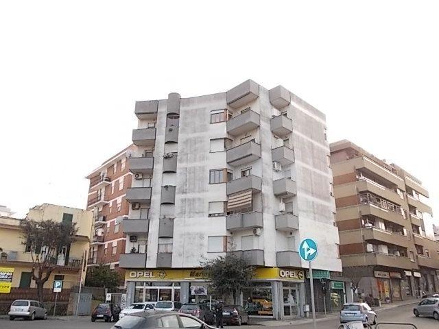 Appartamento in affitto a Nettuno, 4 locali, zona Località: stazione, prezzo € 500 | Cambio Casa.it