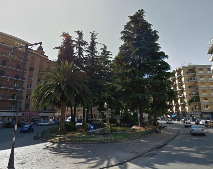 Bilocale Cosenza Piazza Europa 1