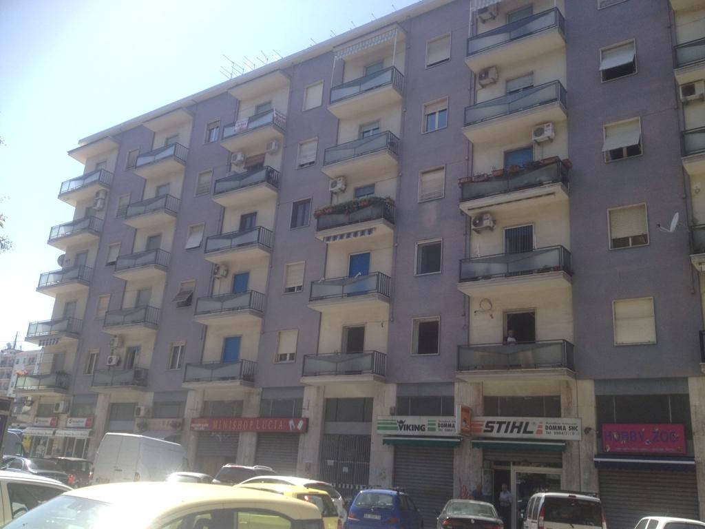 Bilocale Cosenza Via Delle Medaglie D'oro 1