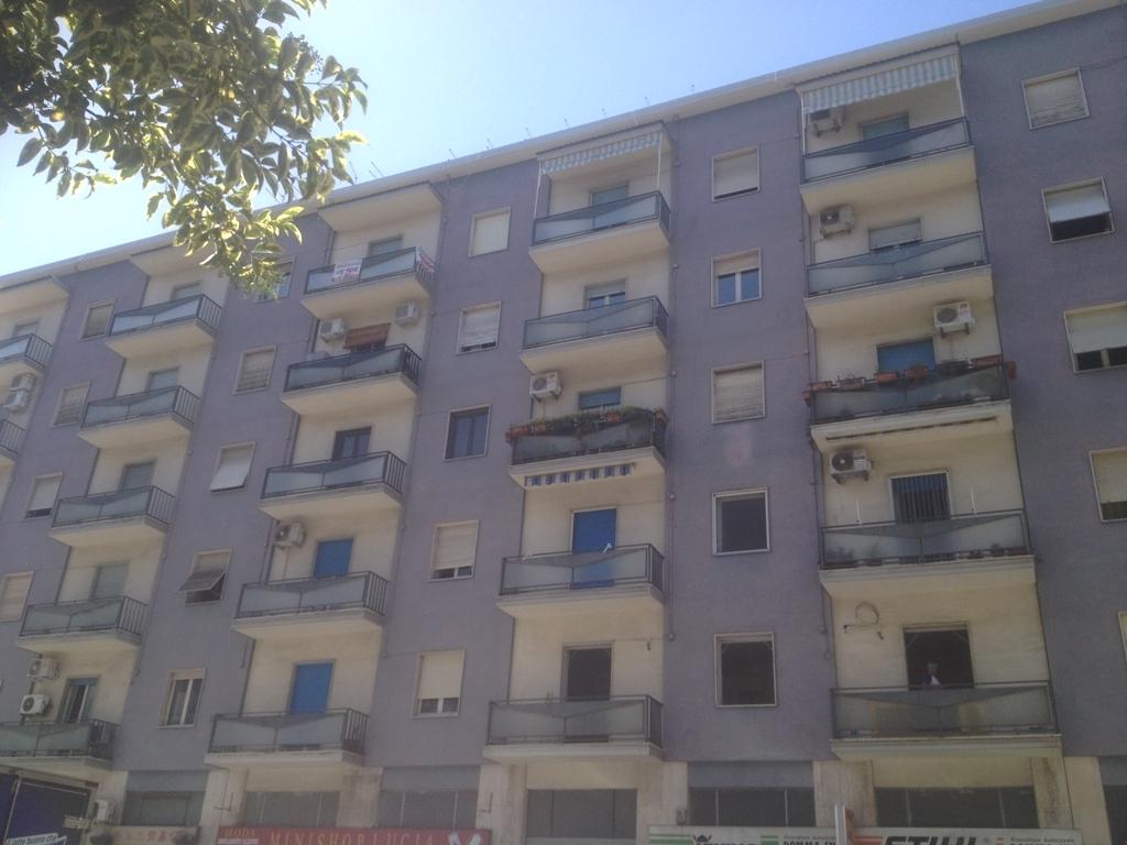 Bilocale Cosenza Via Delle Medaglie D'oro 2