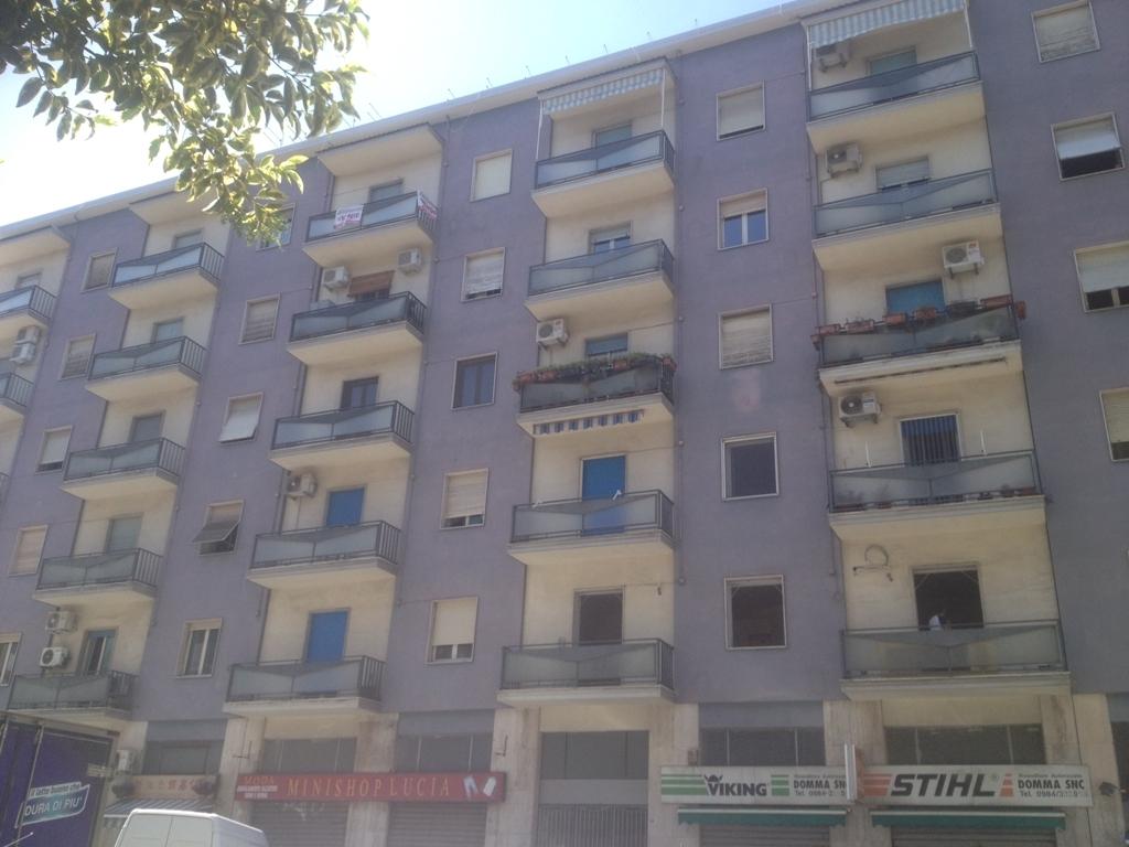 Bilocale Cosenza Via Delle Medaglie D'oro 3