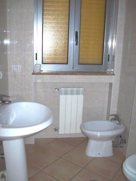 Bilocale Cosenza Via Gabriele  Barrio 7