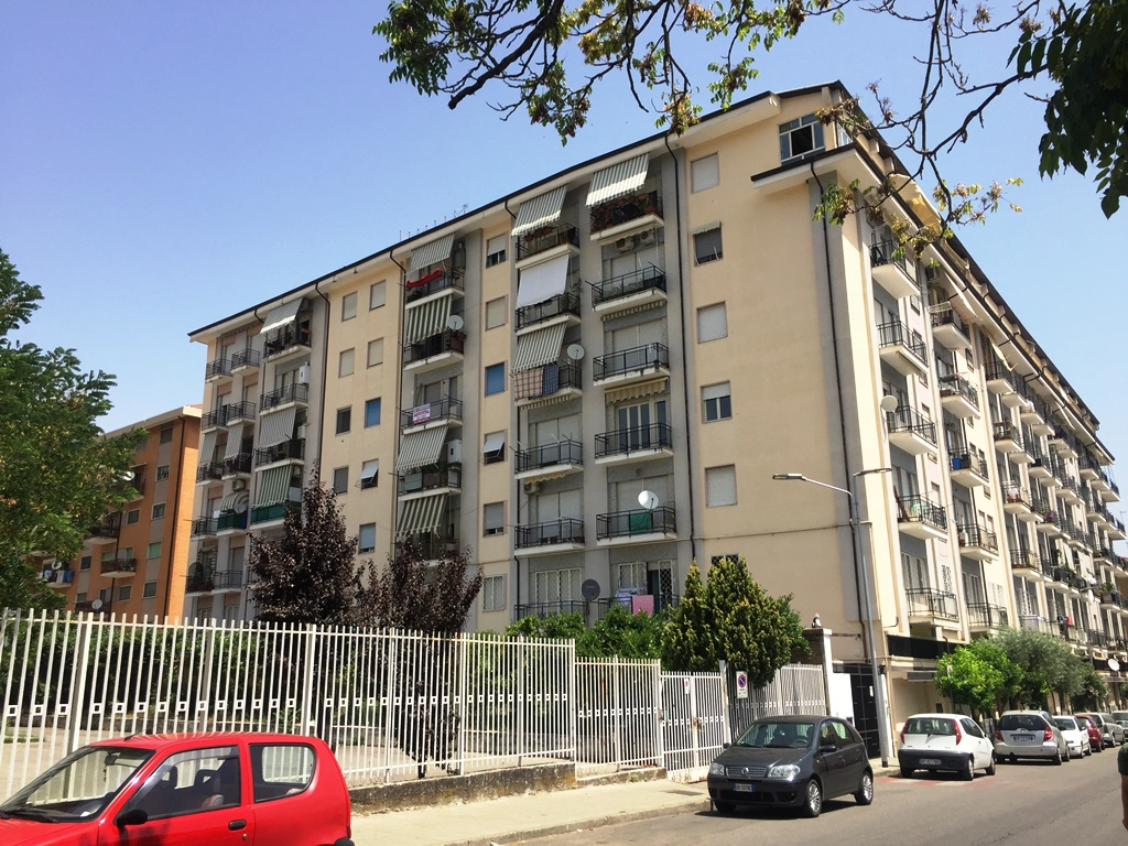Appartamento in affitto a Cosenza, 2 locali, prezzo € 350 | CambioCasa.it