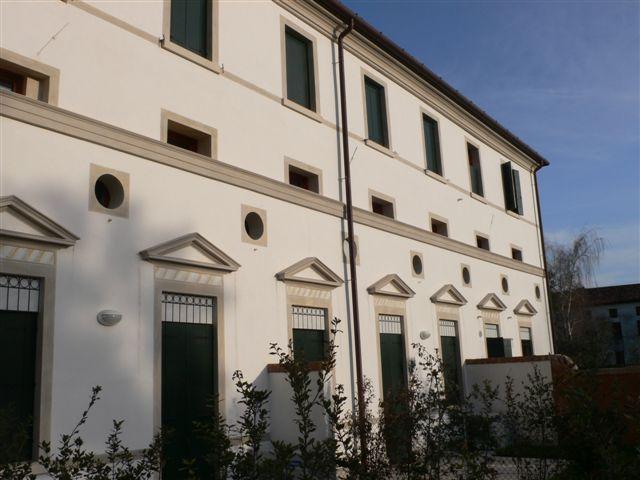 Appartamento in vendita a Casier, 6 locali, zona Località: Dosson, prezzo € 370.000 | Cambio Casa.it