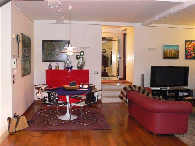 Appartamento in vendita a San Biagio di Callalta, 7 locali, zona Località: Olmi, prezzo € 550.000 | Cambio Casa.it