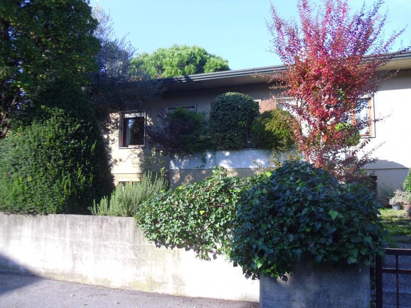 Villa in vendita a Quinto di Treviso, 14 locali, zona Località: Quinto, prezzo € 385.000 | Cambio Casa.it