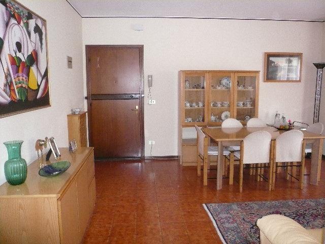 Appartamento in vendita a Silea, 5 locali, zona Località: Centro, prezzo € 132.000 | Cambio Casa.it