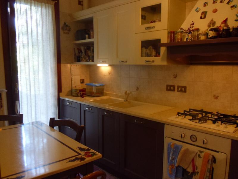 Appartamento in vendita a Ponzano Veneto, 6 locali, zona Località: Paderno, prezzo € 165.000 | Cambio Casa.it