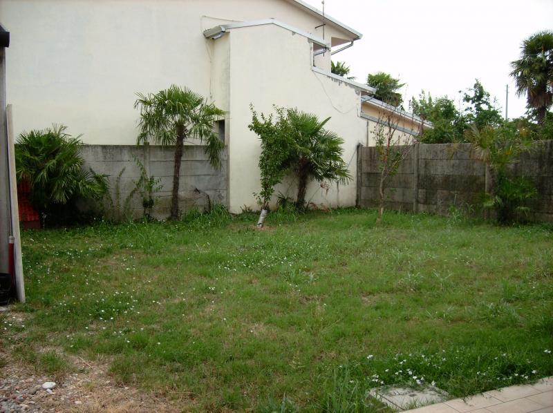Villa in affitto a Volpago del Montello, 8 locali, prezzo € 950 | Cambiocasa.it