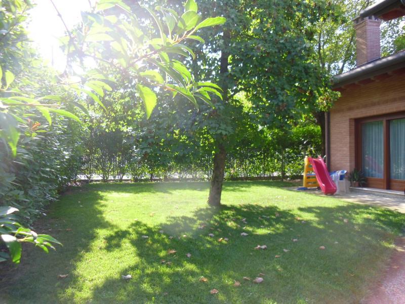 Villa in vendita a Villorba, 17 locali, zona Zona: Lancenigo, prezzo € 555.000 | CambioCasa.it