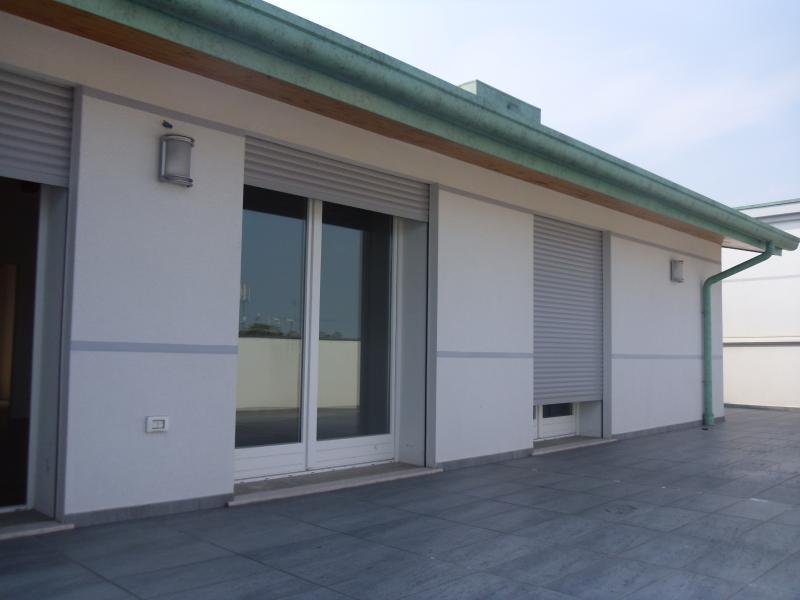 Attico / Mansarda in vendita a Villorba, 8 locali, zona Zona: Carità, prezzo € 340.000 | Cambio Casa.it