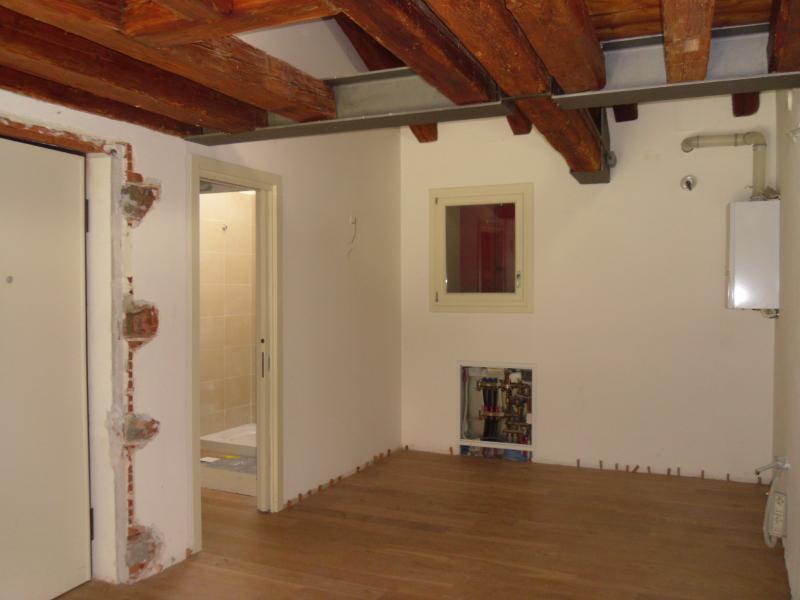 Rustico / Casale in vendita a Ponzano Veneto, 10 locali, zona Zona: Merlengo, prezzo € 285.000 | Cambio Casa.it