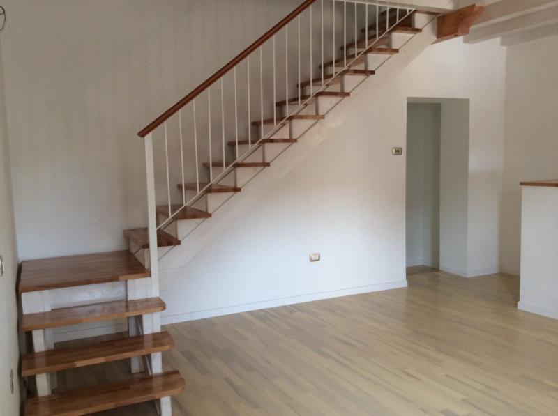 Villa a Schiera in vendita a Spresiano, 12 locali, zona Località: Centro, prezzo € 179.000   Cambio Casa.it
