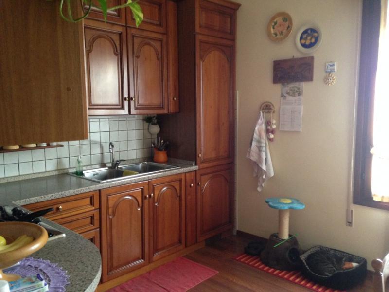 Appartamento in vendita a Silea, 6 locali, zona Zona: Lanzago, prezzo € 109.000 | Cambio Casa.it