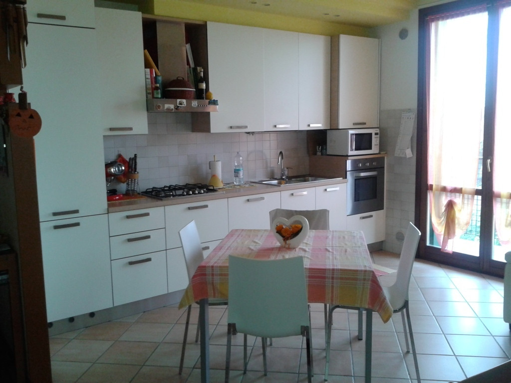 Appartamento in vendita a Ponzano Veneto, 4 locali, zona Zona: Ponzano, prezzo € 115.000 | Cambio Casa.it