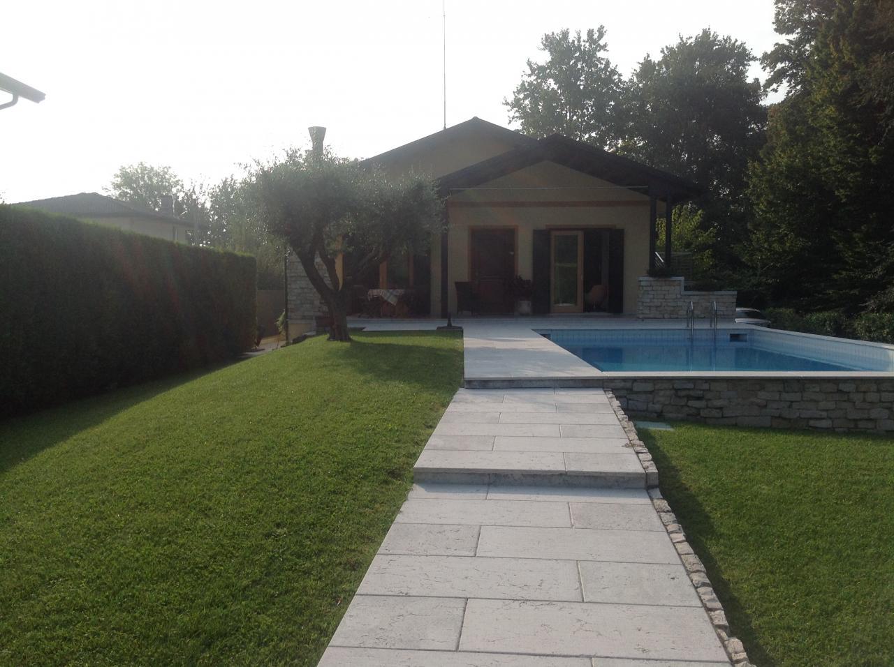 Villa in vendita a San Biagio di Callalta, 8 locali, zona Località: Olmi, prezzo € 380.000 | Cambio Casa.it