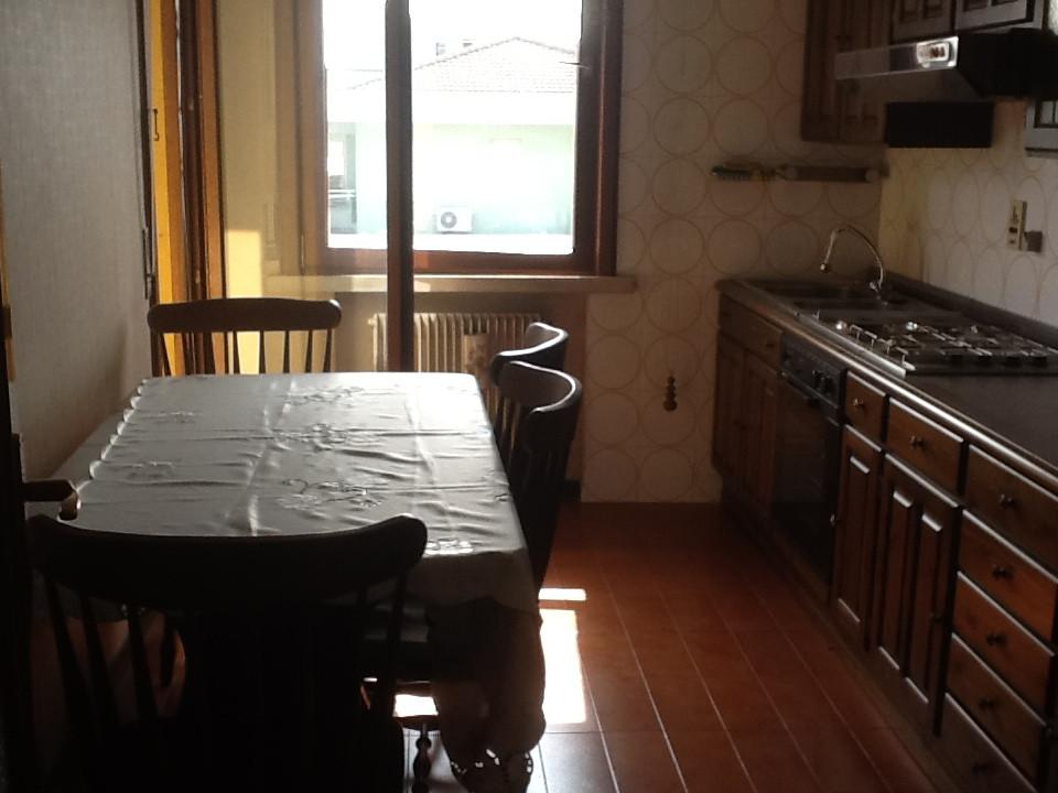 Appartamento in vendita a San Biagio di Callalta, 5 locali, prezzo € 60.000   Cambio Casa.it