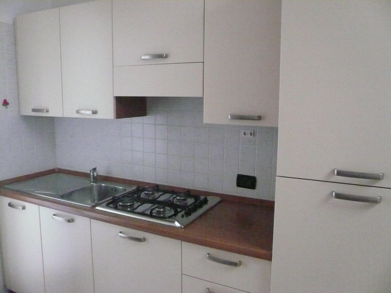 Appartamento in vendita a Spresiano, 4 locali, zona Località: Centro, prezzo € 110.000 | Cambio Casa.it