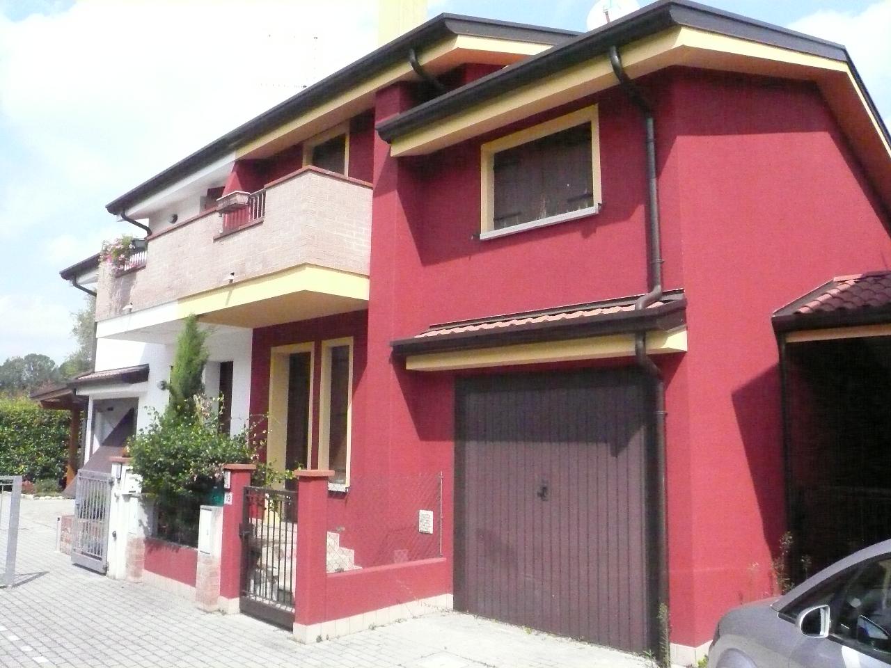 Villa a Schiera in Vendita a Chiarano