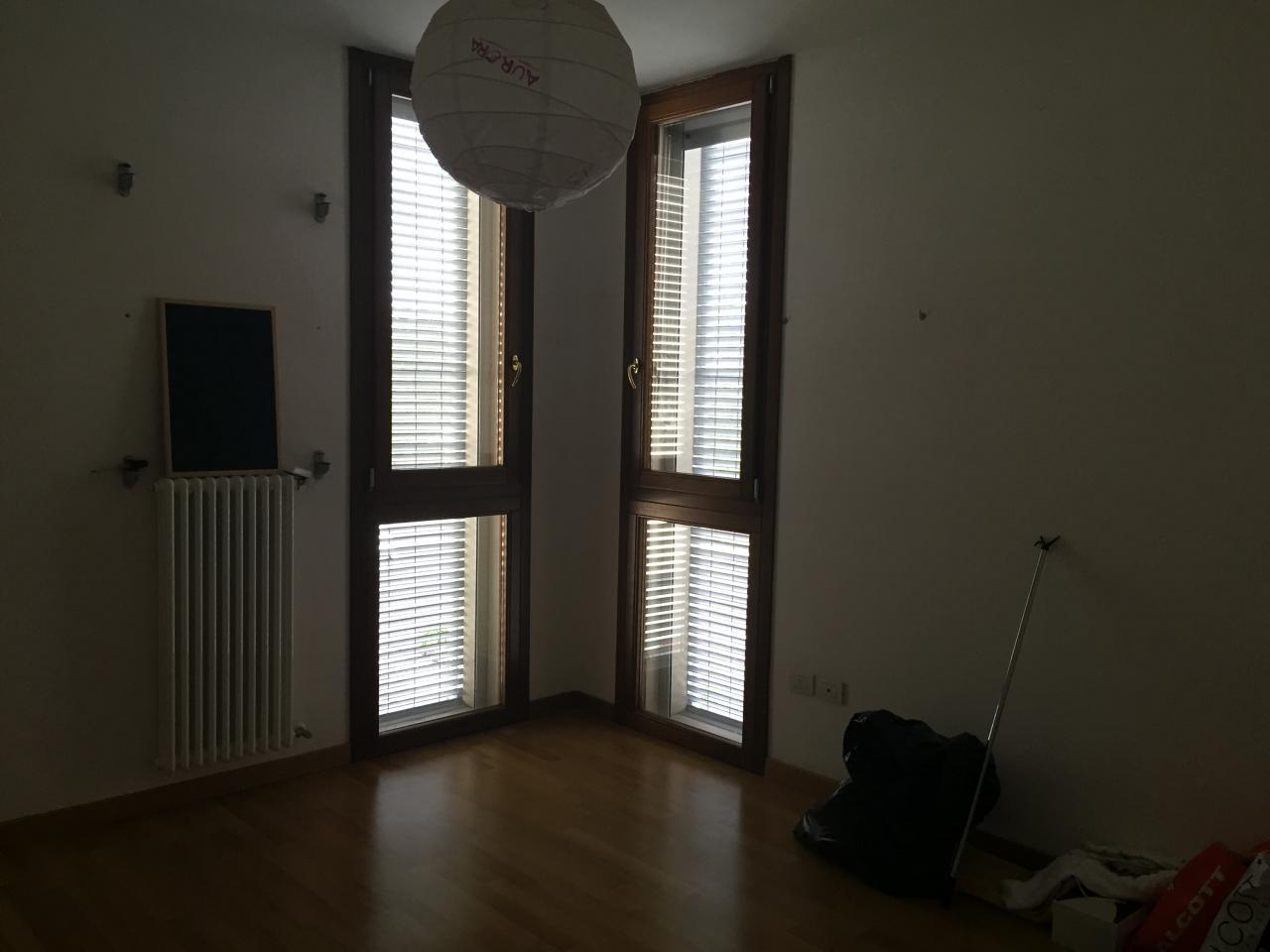 Bilocale Treviso Via Dell'olmo 7
