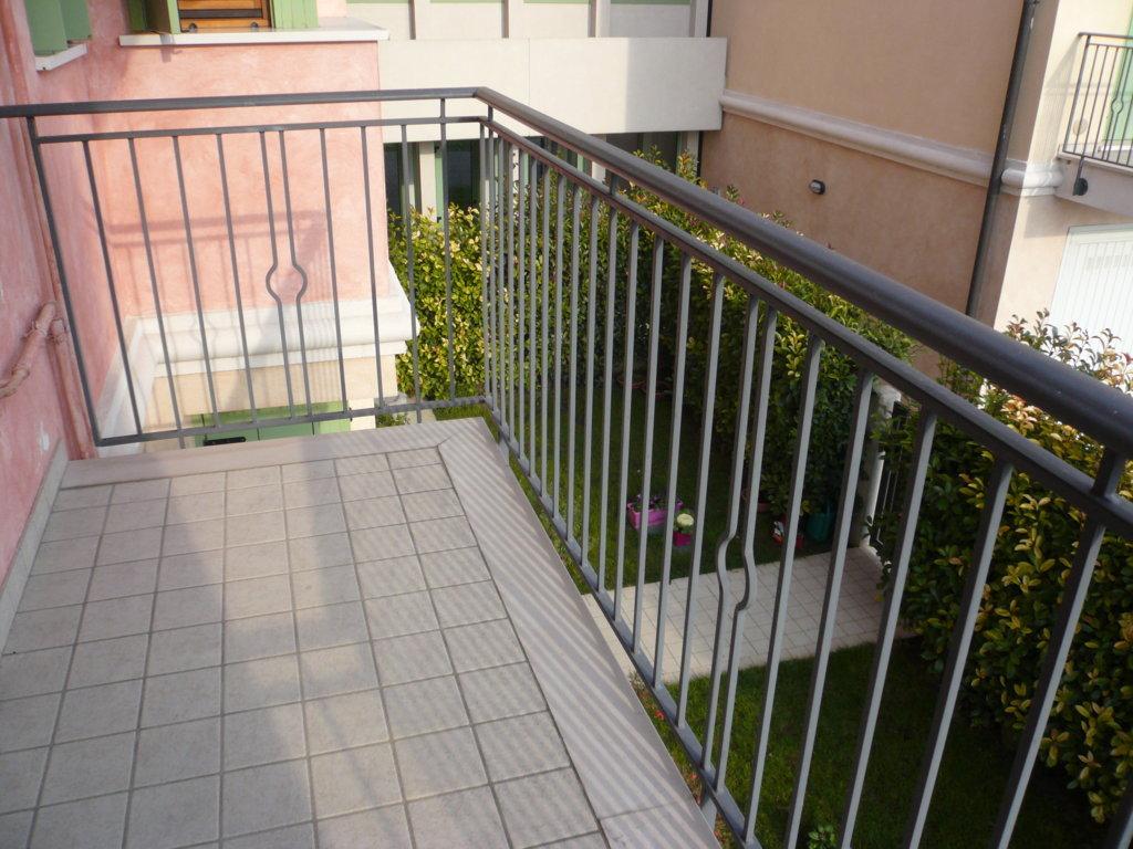 Appartamento in vendita a San Biagio di Callalta, 2 locali, zona Zona: Rovaré, prezzo € 68.000 | Cambio Casa.it