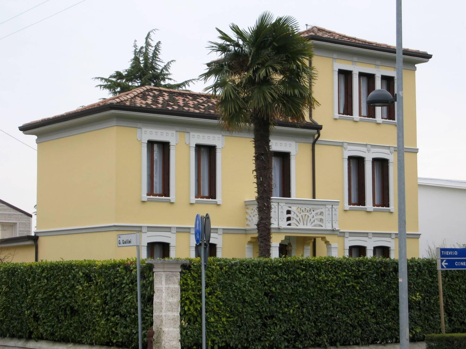 Villa in vendita a Spresiano, 14 locali, zona Località: Centro, Trattative riservate | Cambio Casa.it