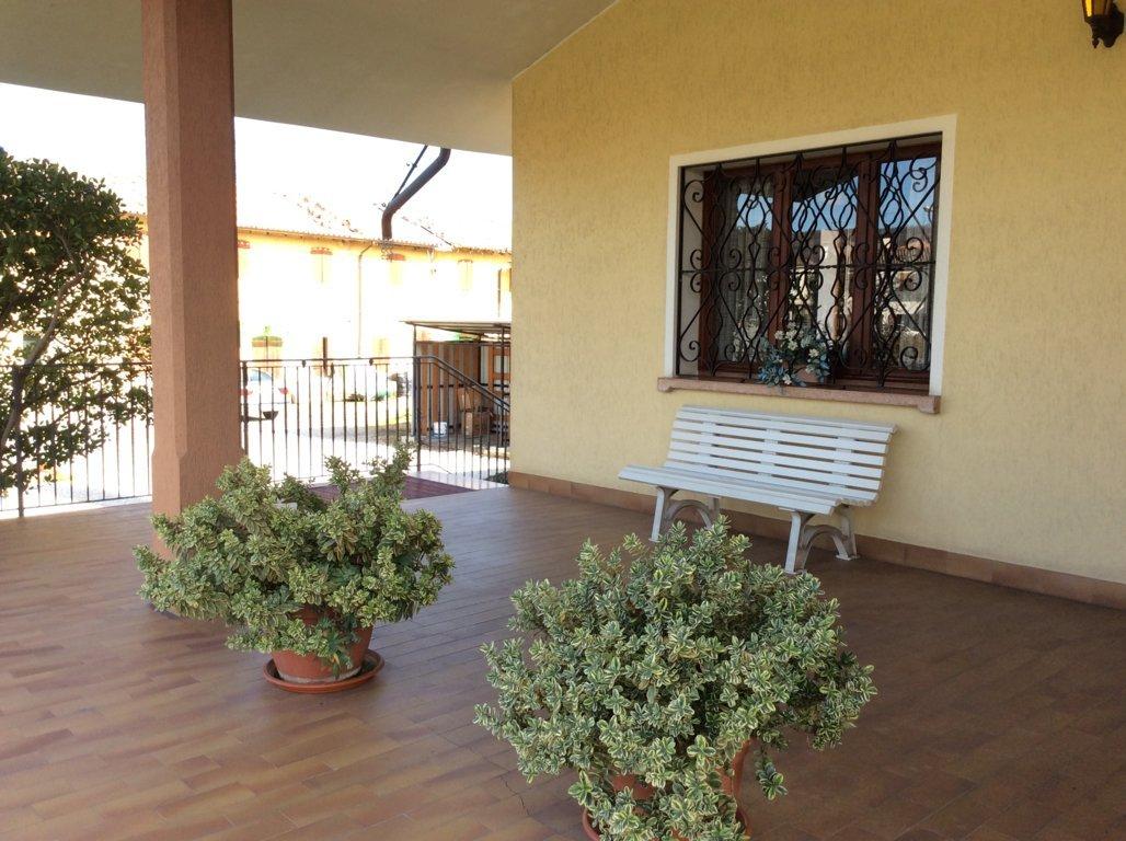 Villa in vendita a Volpago del Montello, 10 locali, prezzo € 385.000 | Cambio Casa.it