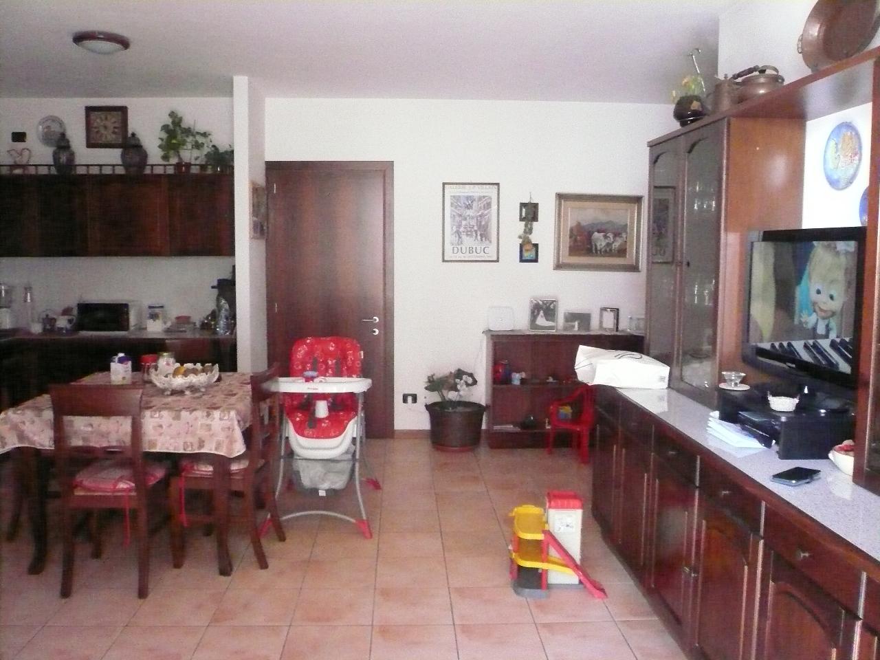 Appartamento in vendita a San Biagio di Callalta, 4 locali, zona Località: Centro, prezzo € 125.000   Cambio Casa.it