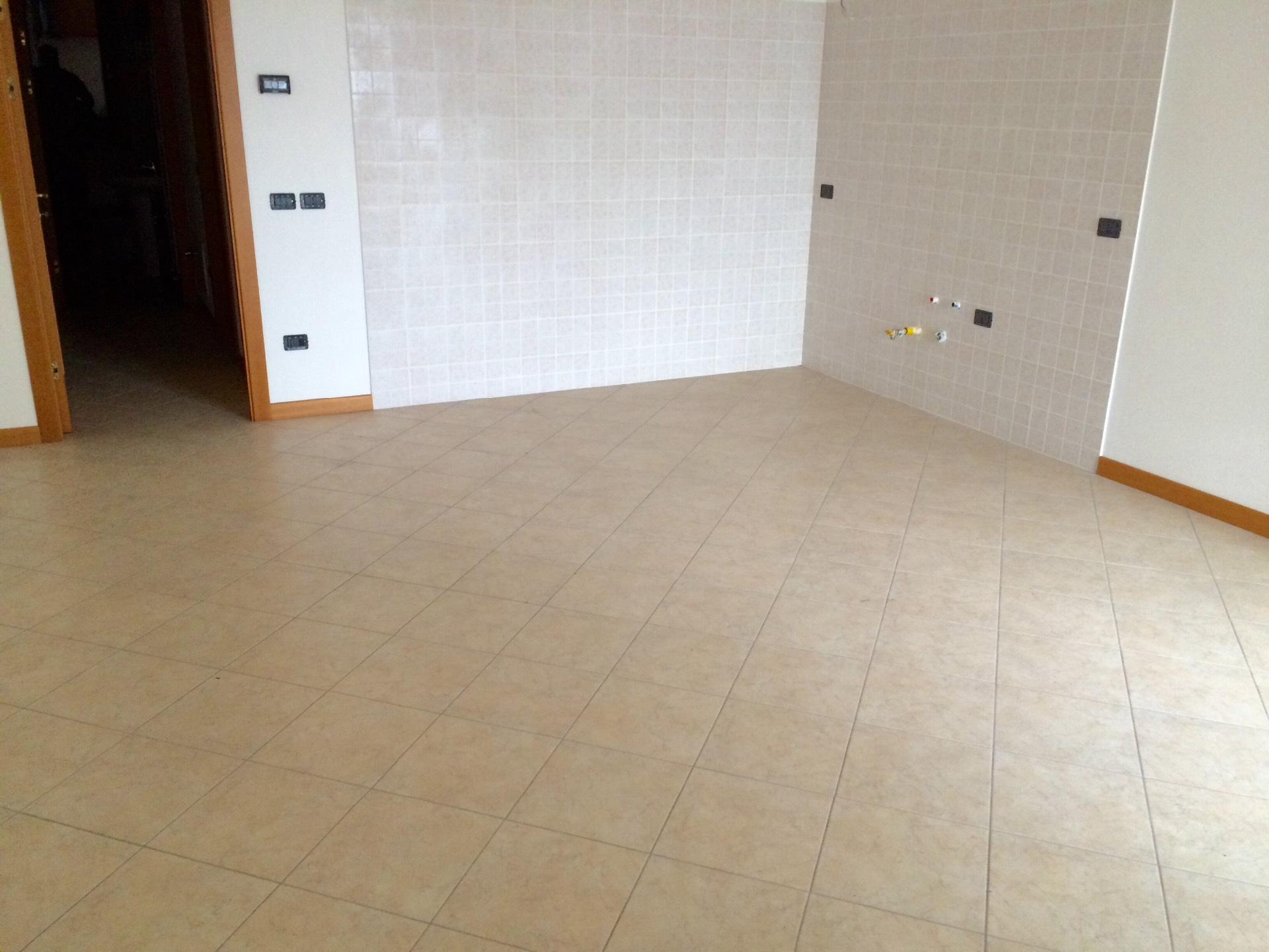 Appartamento in vendita a Maserada sul Piave, 5 locali, zona Zona: Varago, prezzo € 150.000 | Cambio Casa.it