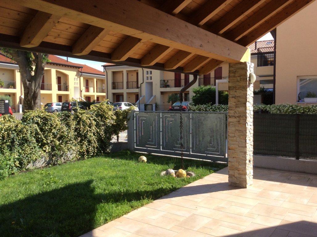 Villa in vendita a Povegliano, 9 locali, zona Zona: Camalò, prezzo € 160.000 | Cambio Casa.it