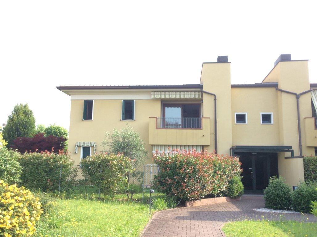 Appartamento in vendita a Maserada sul Piave, 5 locali, zona Località: Maserada, prezzo € 122.000 | CambioCasa.it