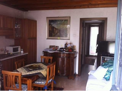 Bilocale Treviso Via Montello 4