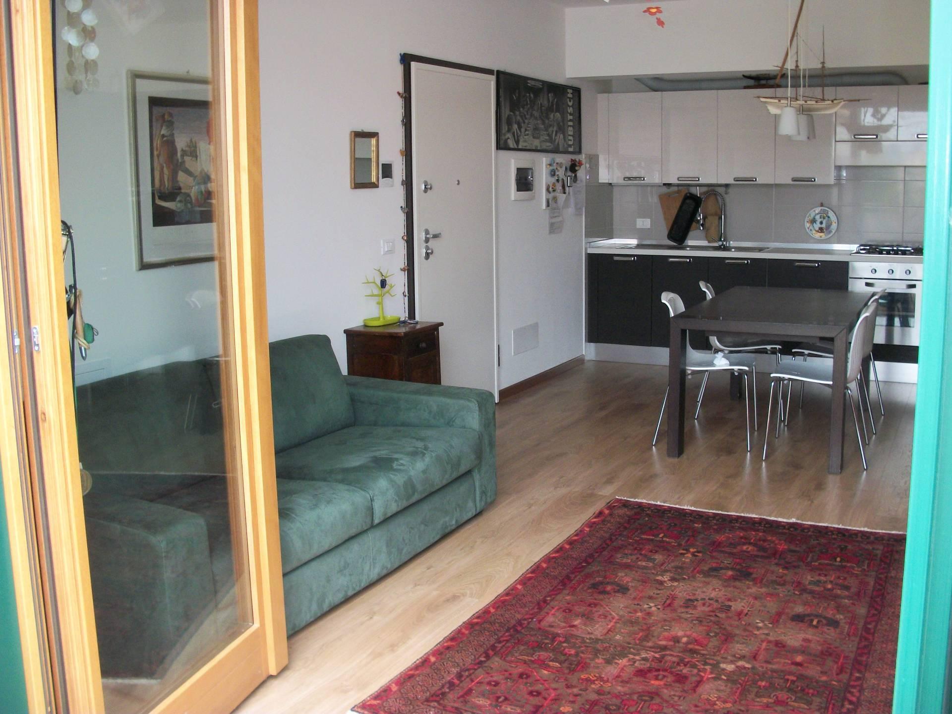 Appartamento in vendita a Spresiano, 4 locali, prezzo € 137.000 | Cambio Casa.it