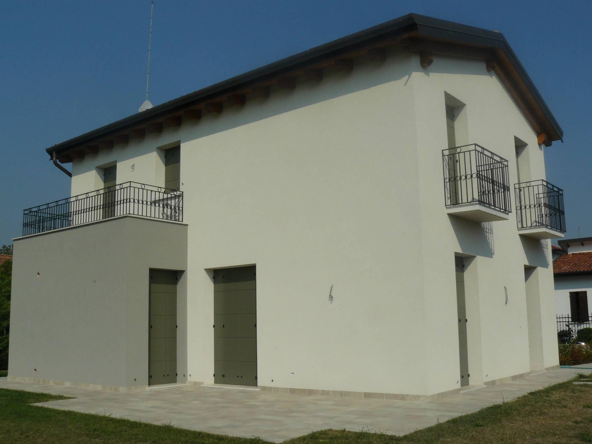 Villa in vendita a Preganziol, 5 locali, zona Località: Centro, prezzo € 360.000 | Cambio Casa.it