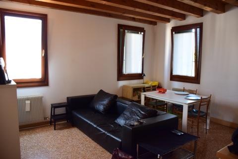 Bilocale Treviso Via Alzaia 1