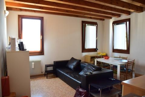 Bilocale Treviso Via Alzaia 5