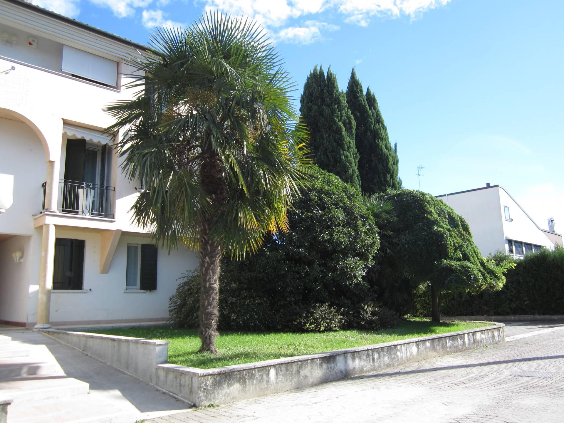 Appartamento in vendita a San Biagio di Callalta, 4 locali, zona Località: Nerbon, prezzo € 135.000 | Cambio Casa.it