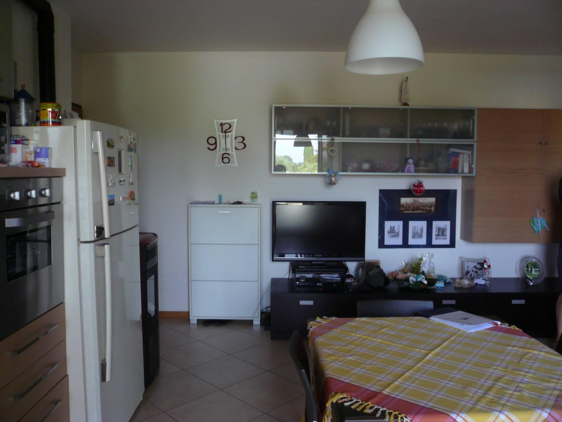 Appartamento in affitto a Silea, 4 locali, prezzo € 600   Cambio Casa.it