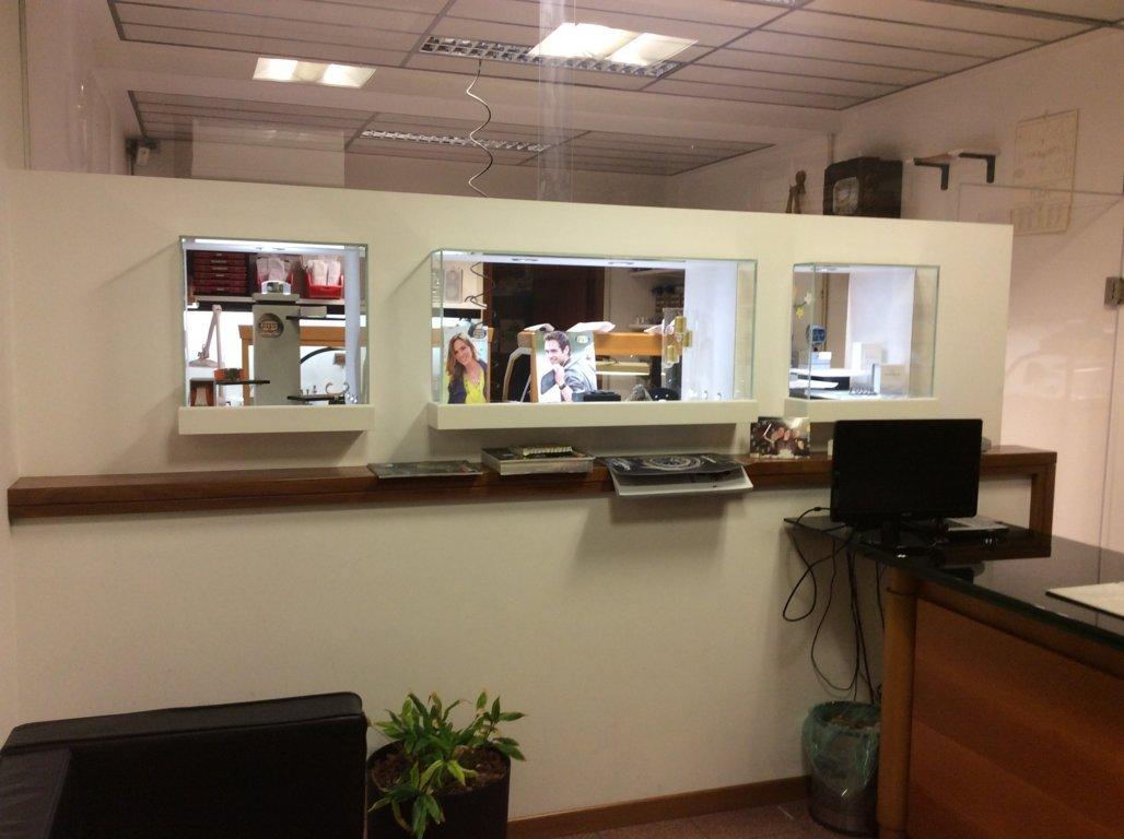 Negozio / Locale in affitto a Villorba, 9999 locali, zona Zona: Fontane, prezzo € 600 | Cambio Casa.it