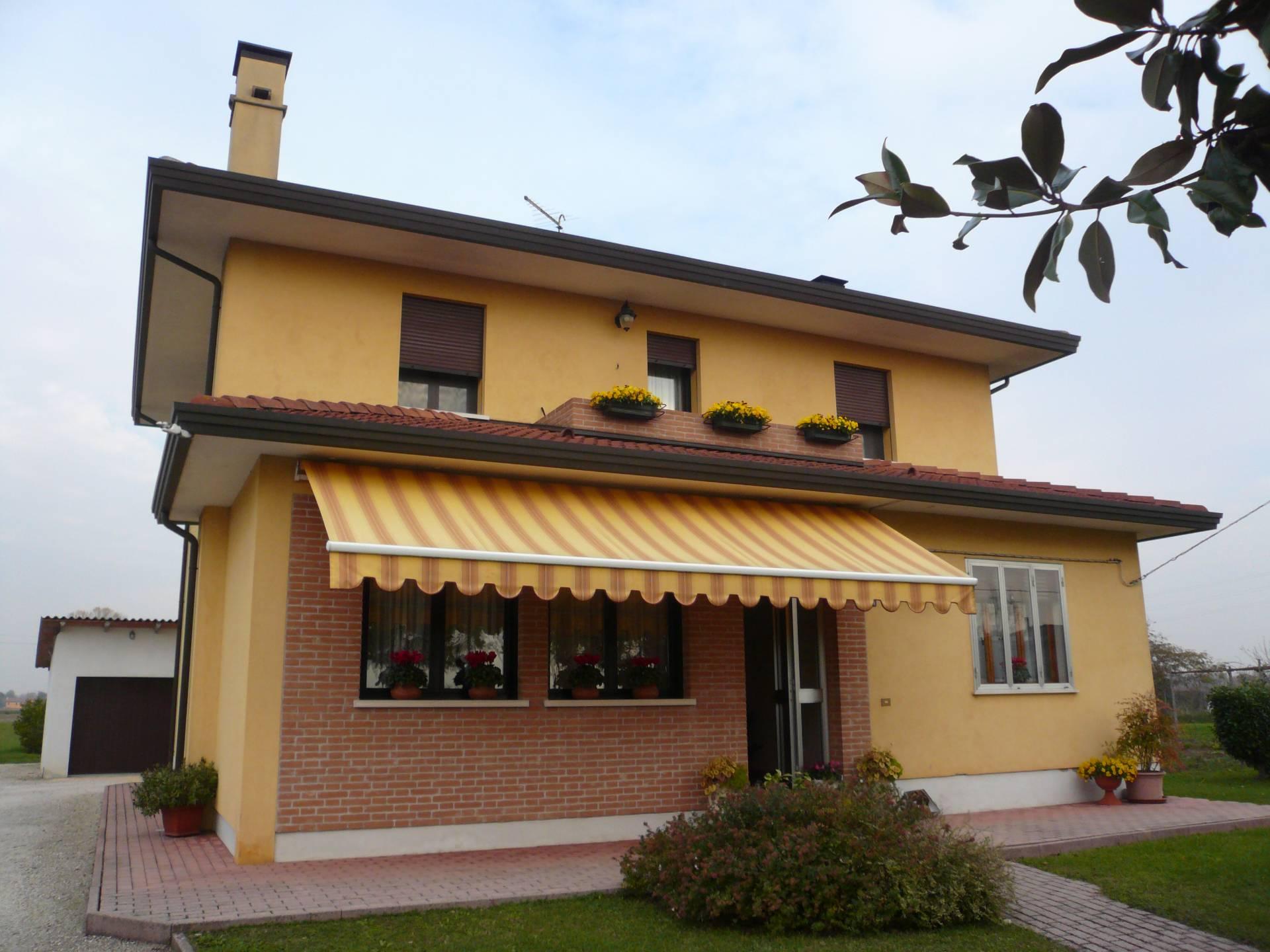 Villa in vendita a Meolo, 10 locali, zona Località: LossondellaBattaglia, prezzo € 280.000   Cambio Casa.it