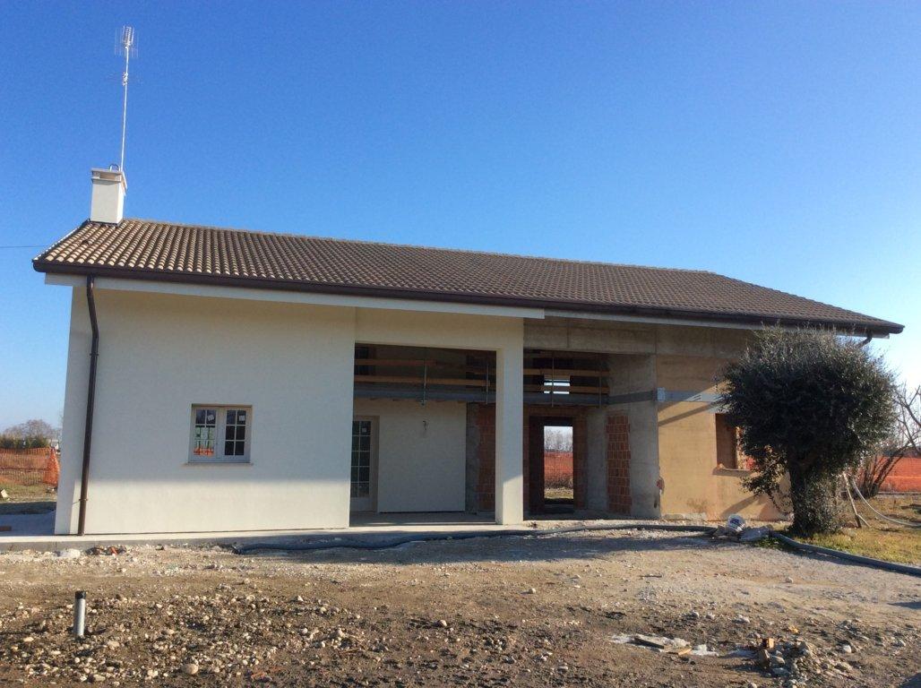 Villa Bifamiliare in Vendita a Spresiano