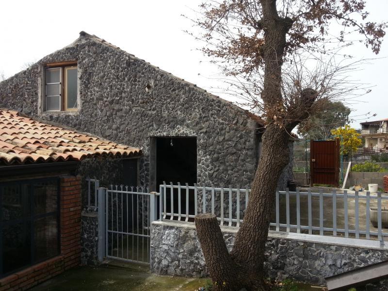 Soluzione Indipendente in affitto a Belpasso, 2 locali, prezzo € 400 | Cambio Casa.it