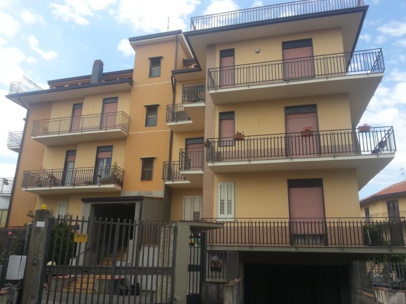 Appartamento affitto BELPASSO (CT) - 4 LOCALI - 110 MQ