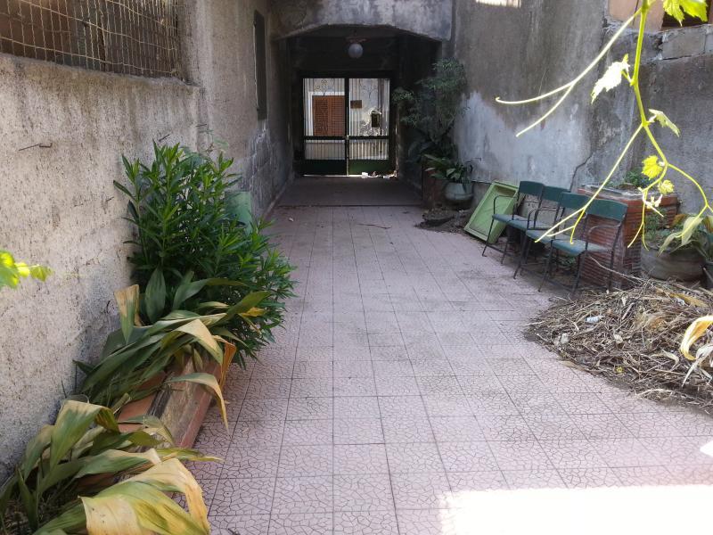 Soluzione Indipendente in vendita a Belpasso, 6 locali, prezzo € 135.000 | Cambio Casa.it