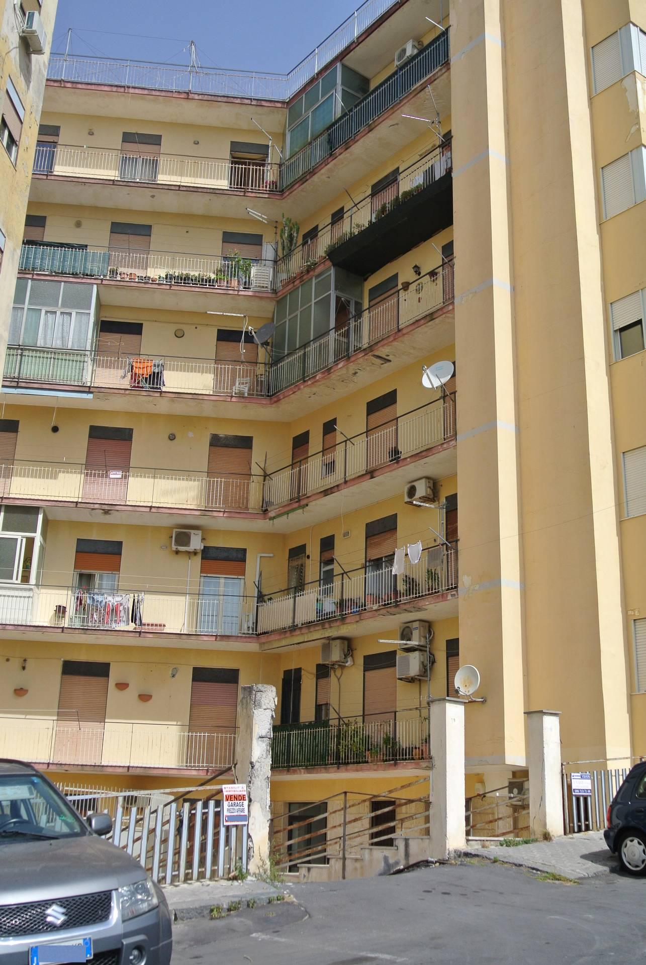 Appartamento in affitto a Valverde, 3 locali, zona Località: carminello, prezzo € 300 | Cambio Casa.it